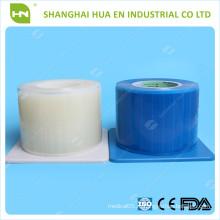 Белая одноразовая пластиковая синяя барьерная пленка