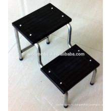 Двухступенчатая скамеечка для ног и поверхностный твердый пластик