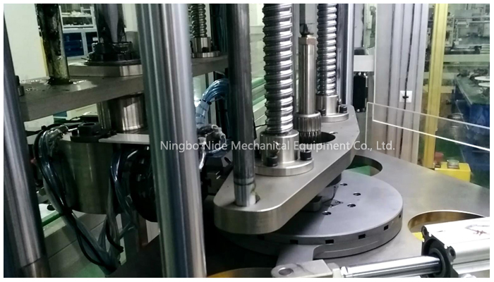 three-working-station-coil-winding-inserting-machine93