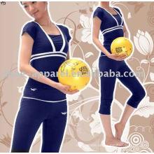 Sportliche hochwertige Fitness-Yoga-Bekleidung 2013
