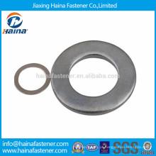 DIN125 JIS B 1256 anilhas planas em aço carbono banhado a zinco em estoque