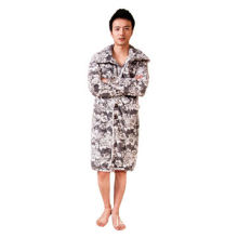 Men's loungewear, made of 100% polyester coral fleece fabric and flannel fabric