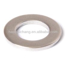 Bride en acier de bride de cale de valve pour des accessoires de moteur de voiture