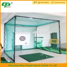Grüner Golf, der Käfig schlägt