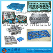 Plastic heavy duty single pallet injection mold