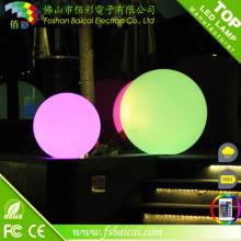 Recarregável impermeável ao ar livre grande plástico iluminado luz bola