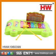 Los mini juguetes musicales del piano del bebé divertido juegan los instrumentos musicales plásticos