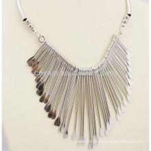 China Fábrica barato personalizada liga de prata Tassel Necklace Boho