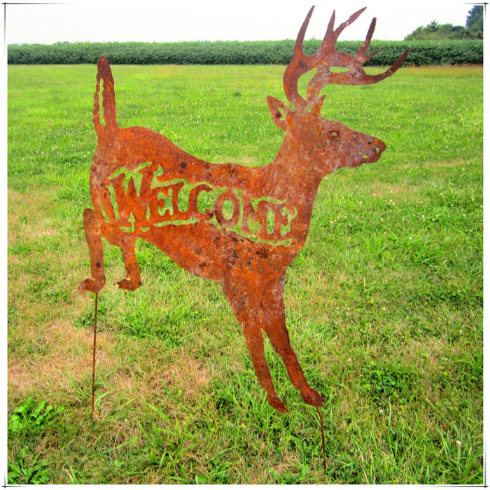 rustic-metal-deer-welcome-yard-ornament-lawn-stake-2