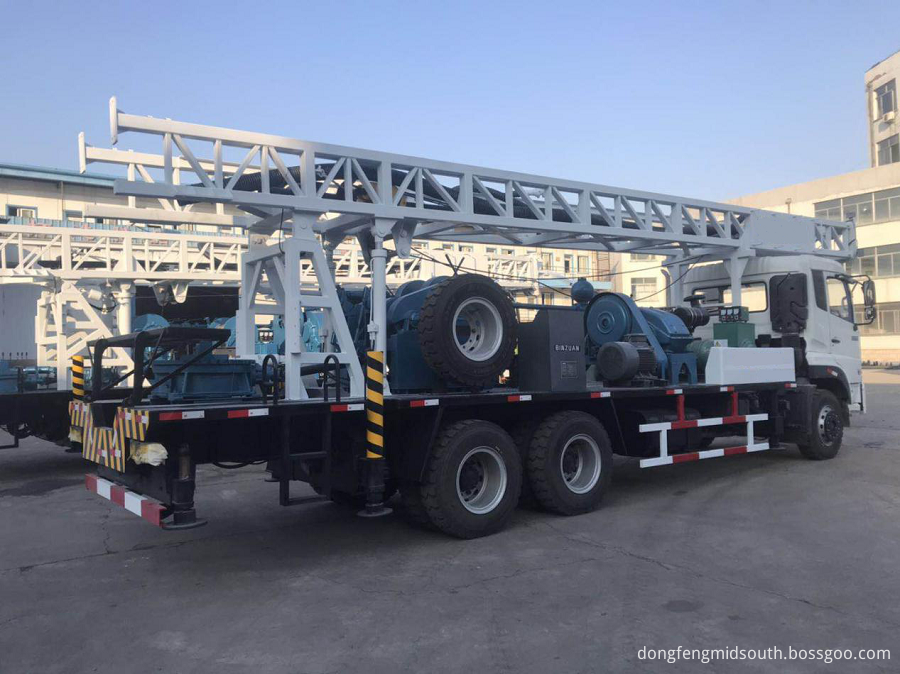 Truck Mounted Drilling Rig 6