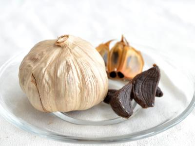 whole black garlic6