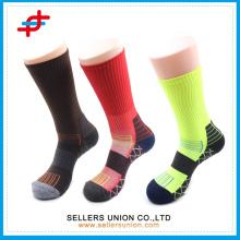 Funktionelle Männer Sport Kompression Socken / Elite Kissen Crew Socken Funktionelle Laufsocken