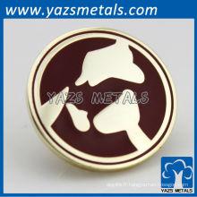 Un badge en métal personnalisé, une usine de boutons de revers près de Shanghai