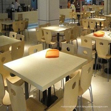 Table basse résistante aux taches et rectangulaire en marbre