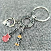Porte-clés en forme de métal en forme de promotion de promotion avec des charmes