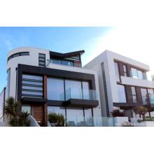 Portes et fenêtres en aluminium blanc argenté