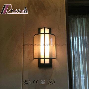 Lampe murale décoratif à l'extérieur en tissu