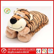 Almohadilla calentada del cuello calentada de la cama con el leopardo del tigre, jirafa