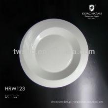 prato de placa de forma redonda e quadrada de cerâmica branca