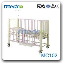 MC102 Lit d'hôpital manuel pour soins aux enfants au meilleur prix