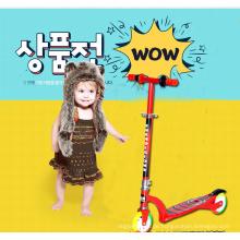 Zwei-Rollen faltbarer Kindertritt-Baby-Roller mit LED-Licht-Rädern