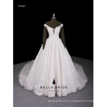 El nuevo 2016 de lujo nobles largo arrastrando botones de perlas vestido de novia