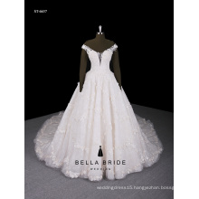 The new 2016 luxury noble long trailing pearl buttons wedding dress