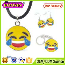 Ensembles personnalisés de bijoux en argent de langue des signes Emoji de lèvres souriantes en alliage