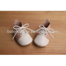 Зашнуруйте резиновые подошвы из замши кожаные оксфордские детские туфли с кружевами