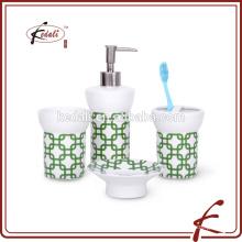 China cuarto de baño conjunto de accesorios cuatro