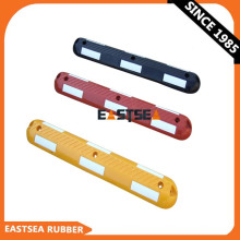 Yellow Recycled Rubber Lane Divider Road Safety Lane Separator