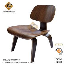 Muebles de madera contrachapada de la nuez de Eames diseño (GV-LCW 009)
