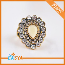 Fashion Custom Alloy Jewelry Antique Gold Crystal Teardrop Ring