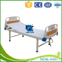 Hospital manual bed one cranks patient bed