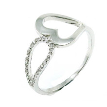 Venta al por mayor de China 925 Sterling Silver / cobre / acero inoxidable traje joyería como regalo anillo de moda para la boda (R10399)