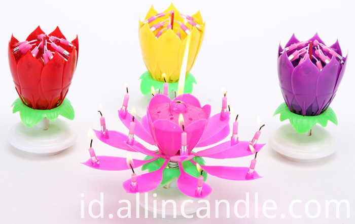 Musical Lotus Flower Rotating Birthday Candles