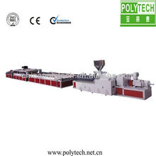 Máquina de fabricación de puerta de WPC PVC
