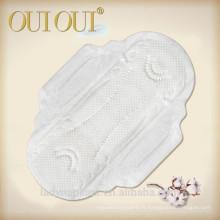 Serviettes hygiéniques organiques ultra minces confortables et respirantes ultra-douces