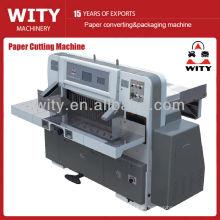 Máquina de corte de papel programável (guilhotina)