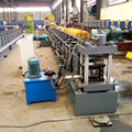 Metall aufrecht Stahlrahmen Lagerregal Roll Formmaschine für Purline mit online Loch Lochung