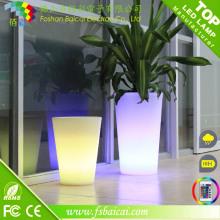 Pots à fleurs en plastique colorés à LED