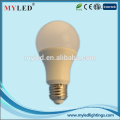 A19 levou lâmpada 7w alto Lumen E27 / E14 / B22 levou a lâmpada com CE / ROHS