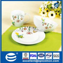 Decoración encantadora desayuno de los niños de la porcelana 3pcs fijado con el tazón de fuente del cereal y la taza de cerámica