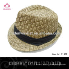 Hochwertiger kundenspezifischer Fedora-Hut mit schwarzem Band