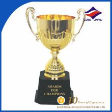 Trofeo de la taza de la concesión del trofeo de la personalidad