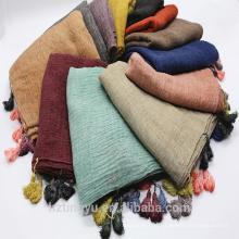 2017 nueva moda lastest maxi top seller impresa chal de la bufanda de la manera imprimió borlas de algodón de color sólido hijab musulmán bufanda