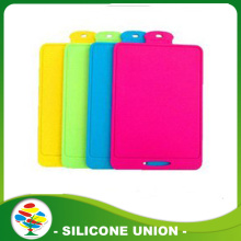 Non-slip durable kitchenware silicone cutting board