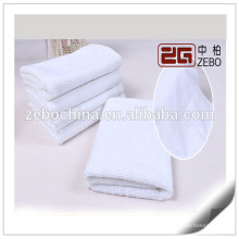 100% algodón tamaño personalizado Disponible toalla de cara de bordado para la venta