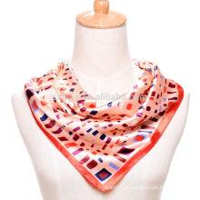 Moda senhoras impressão poliéster quadrado lenço de cetim de seda
