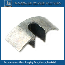 Varias piezas de estampado de metal de acero